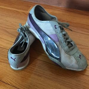 Puma Shoes - Lightly worn purple and grey PUMA sneakers!